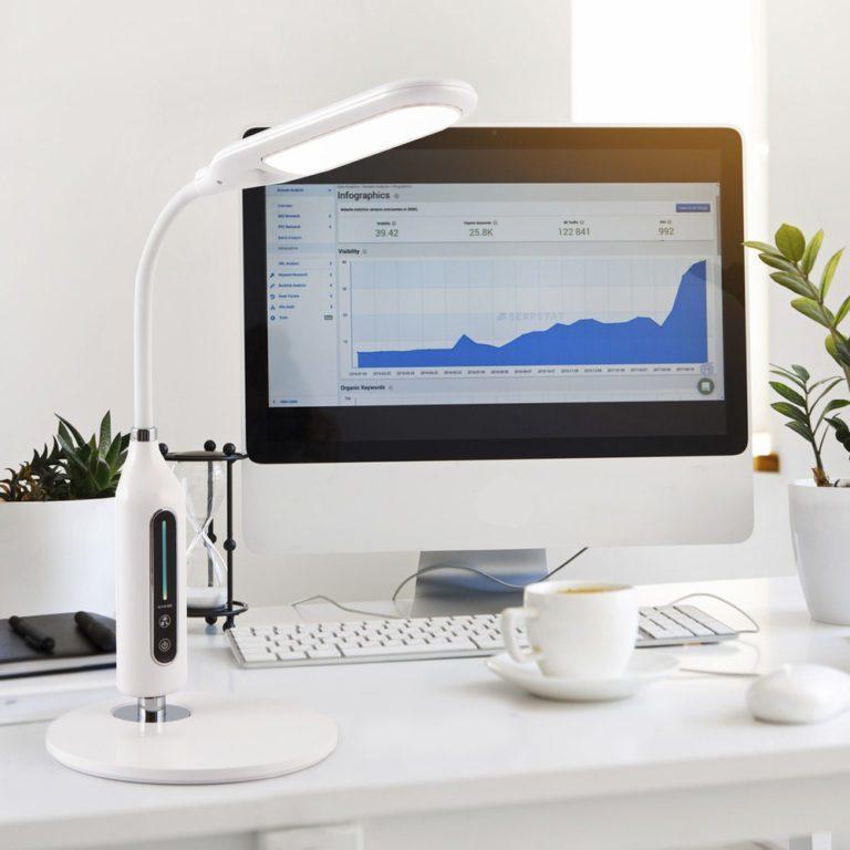 Светодиодная настольная лампа с диммером 80503/1 белый