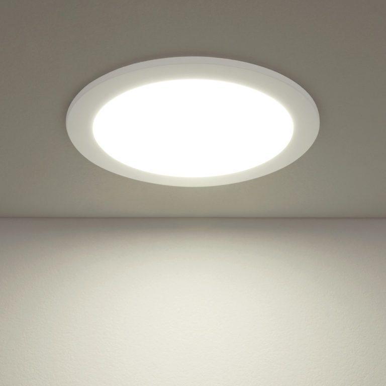 Встраиваемый потолочный светодиодный светильник DLR003 18W 4200K