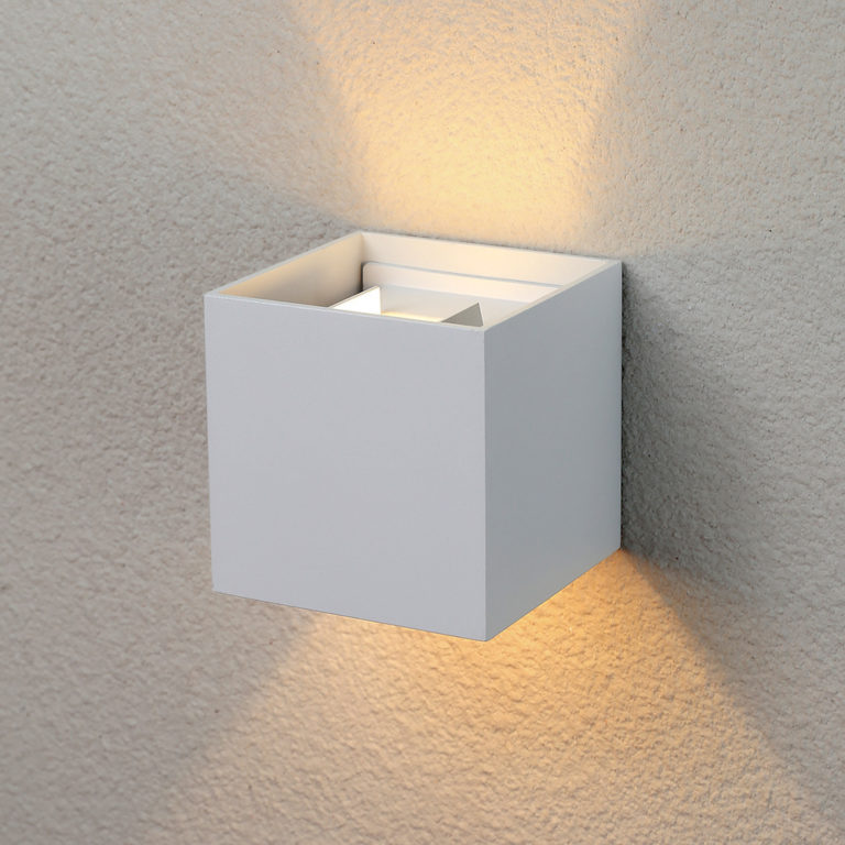 Winner белый уличный настенный светодиодный светильник 1548 TECHNO LED