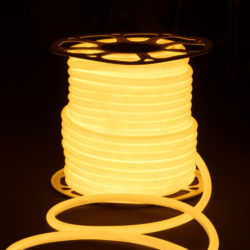 Светодиодный гибкий неон LS003 220V 9.6W 144Led 2835 IP67 16mm 3300K круглый теплый белый