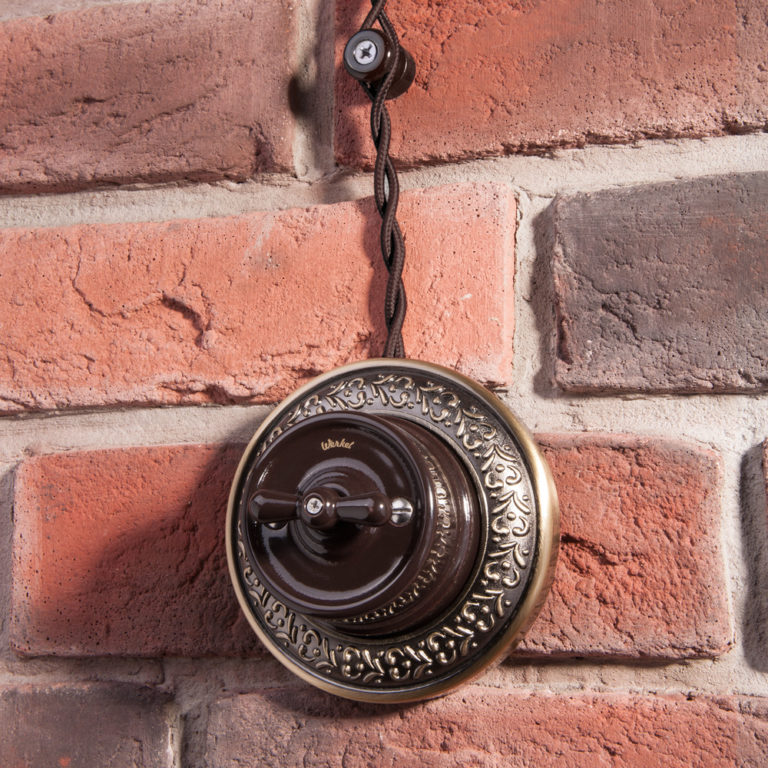 Изолятор без винта 100 шт. (коричневый) Ретро W6431414