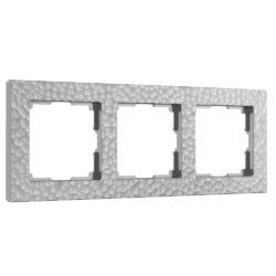 Рамка на 3 поста (серебряный) W0032406