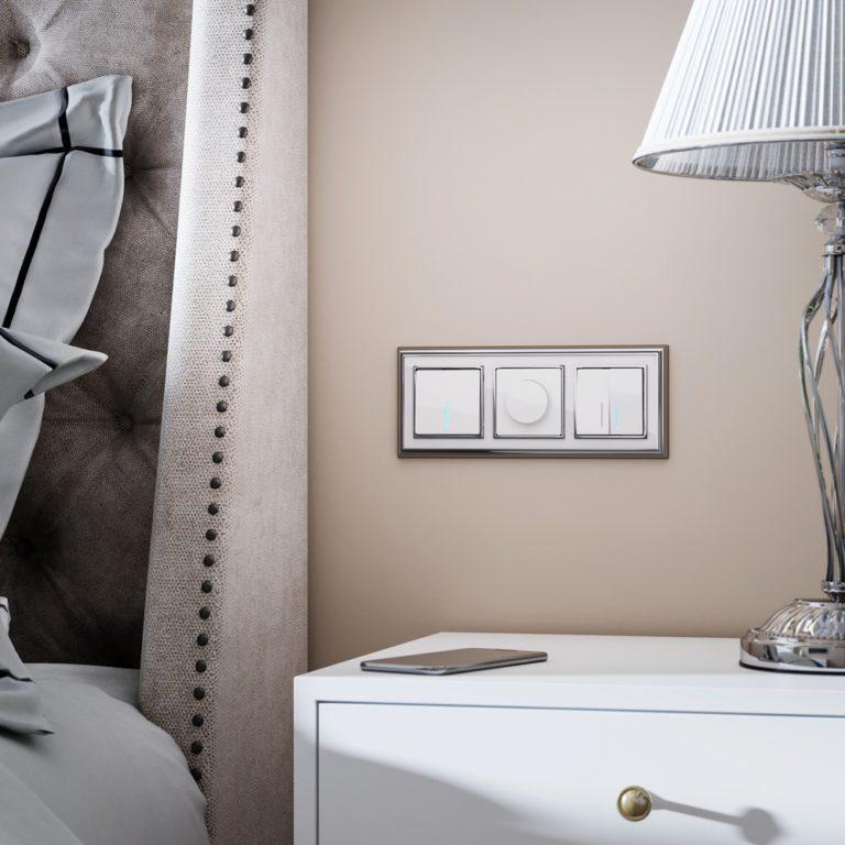 Выключатель одноклавишный проходной с подсветкой (белый) W1112101