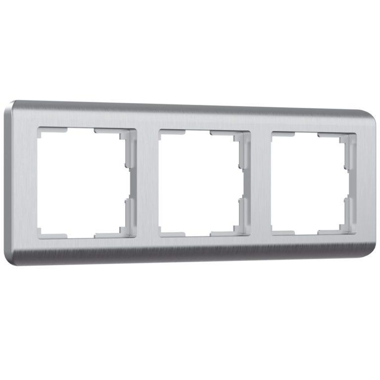 Рамка на 3 поста (серебряный) W0032106