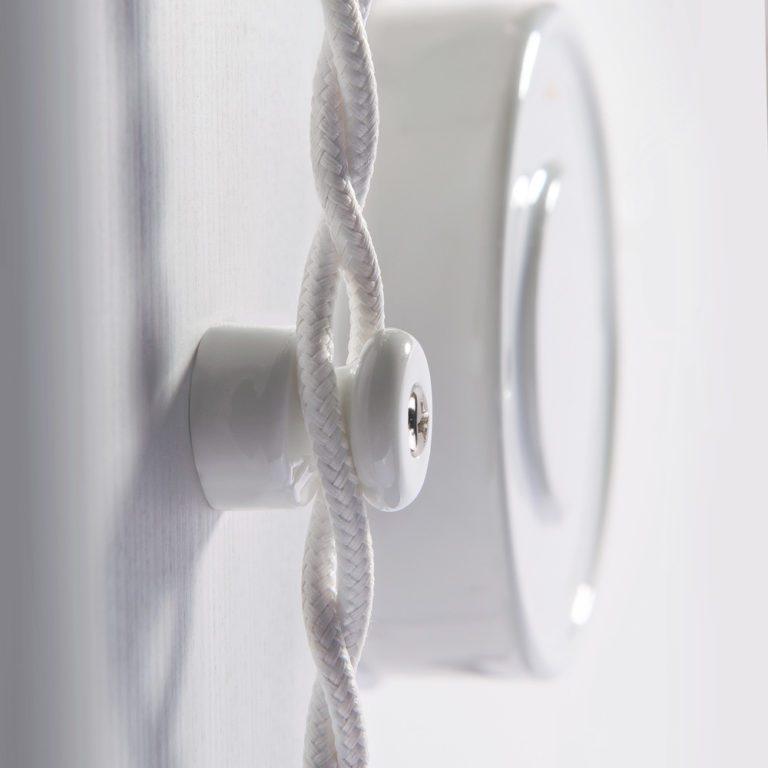 Изолятор без винта 100 шт. (белый) Ретро W6431401