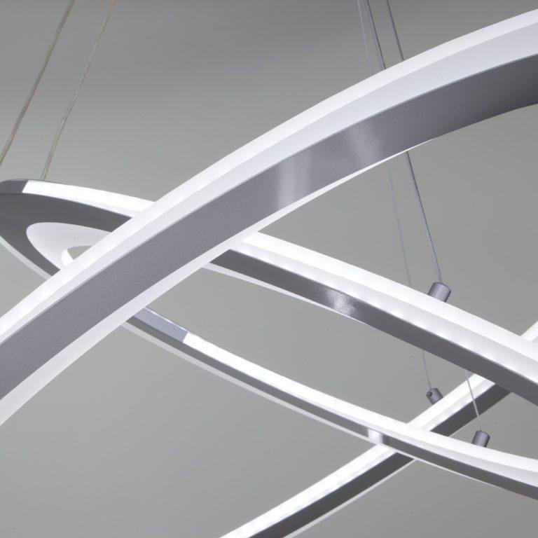 Потолочный светодиодный светильник с пультом управления 90231/2 серебро