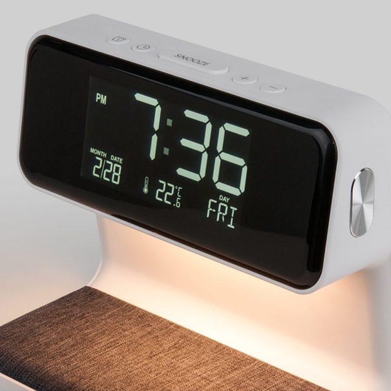 Светодиодная настольная лампа с беспроводной зарядкой и будильником 80506/1 белый