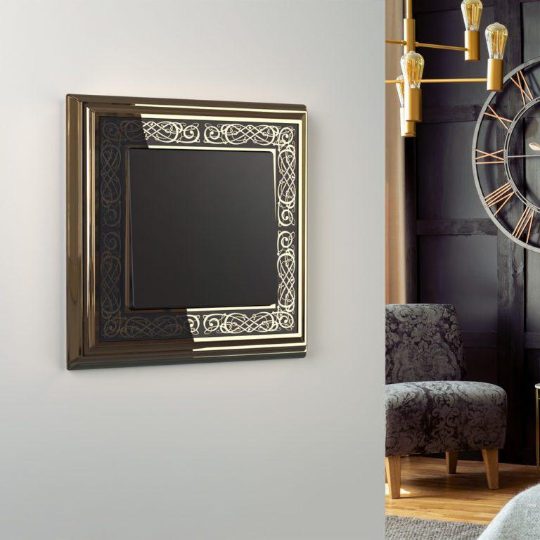 Рамка на 1 пост (золото/черный) WL77-Frame-01