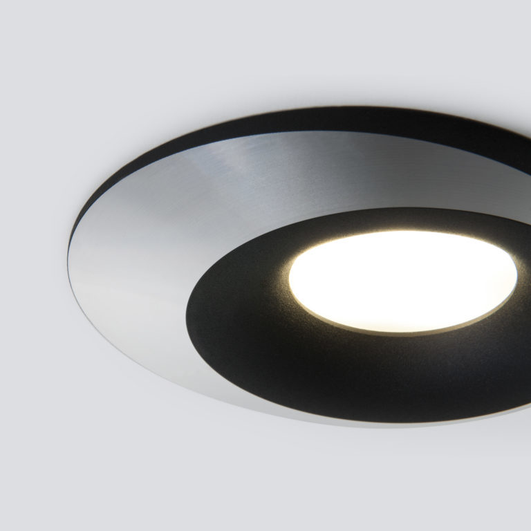 Встраиваемый точечный светильник 124 MR16 черный/серебро