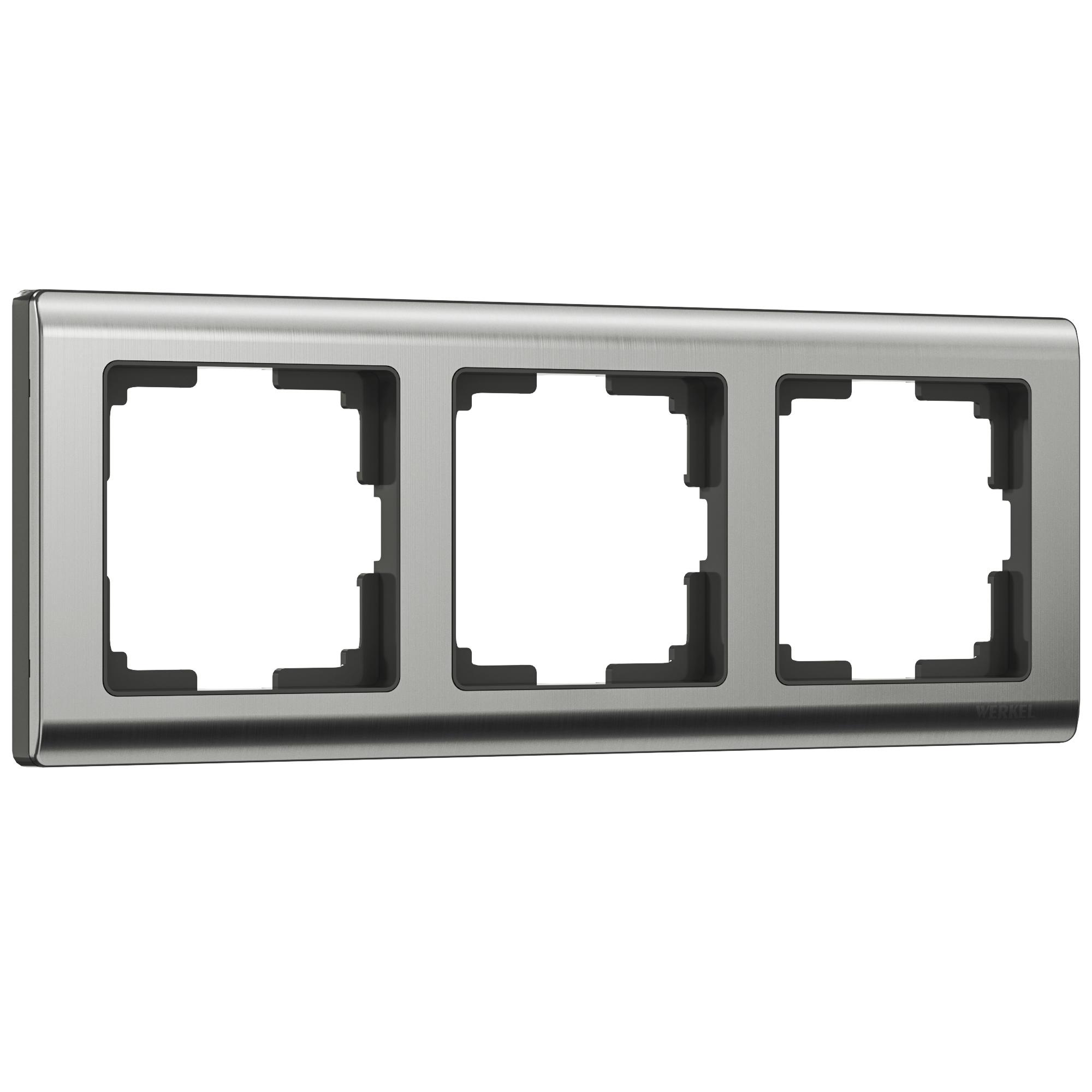 Рамка на 3 поста (глянцевый никель) W0031602