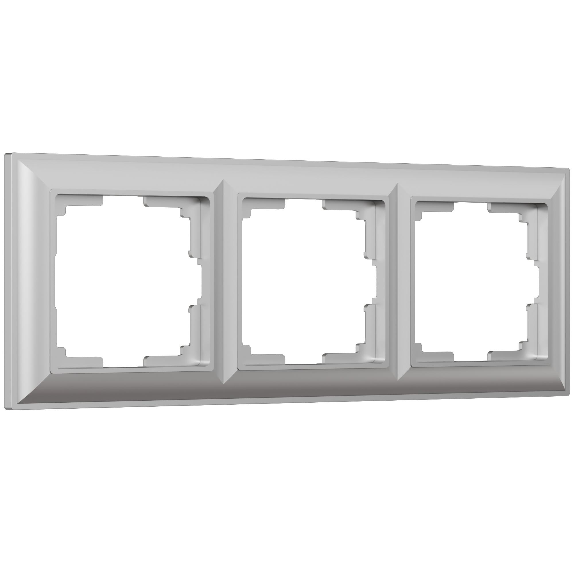 Рамка на 3 поста (серебряный) W0032206