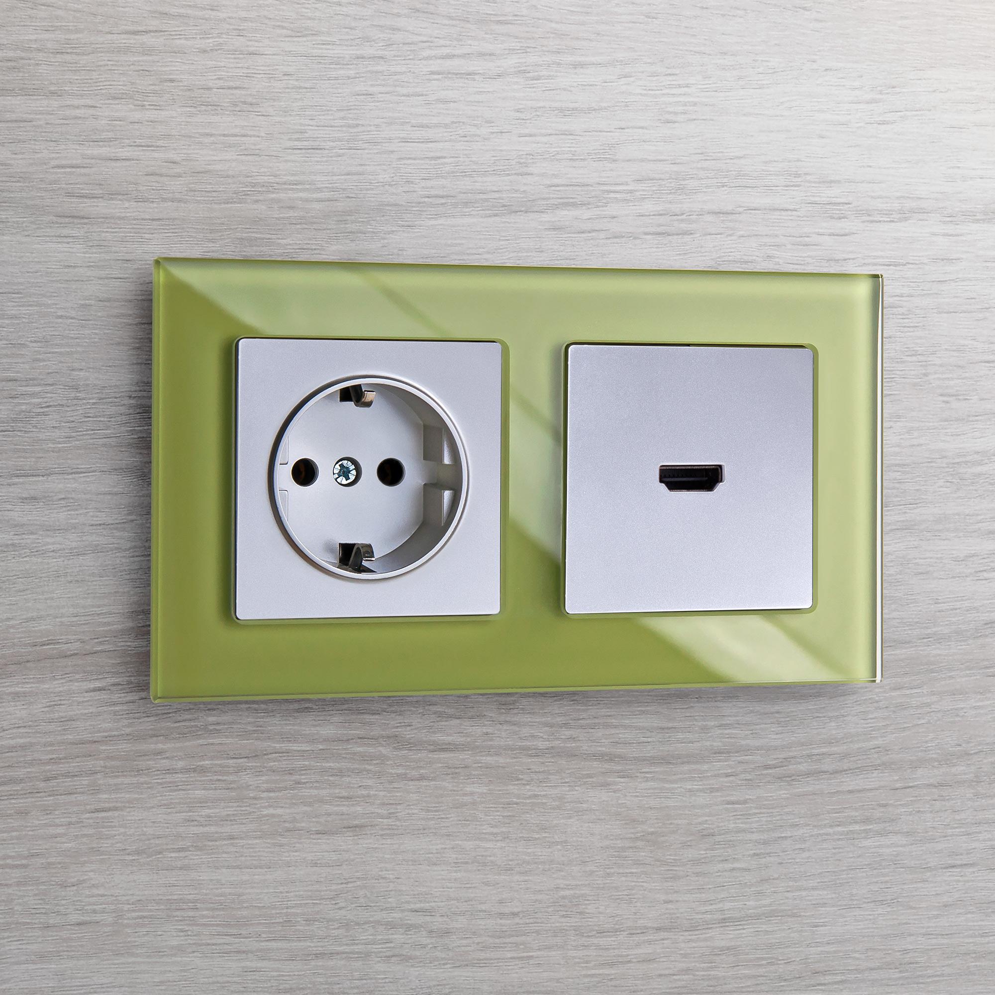 Розетка с заземлением, безвинтовой зажим (серебряный) W1171306