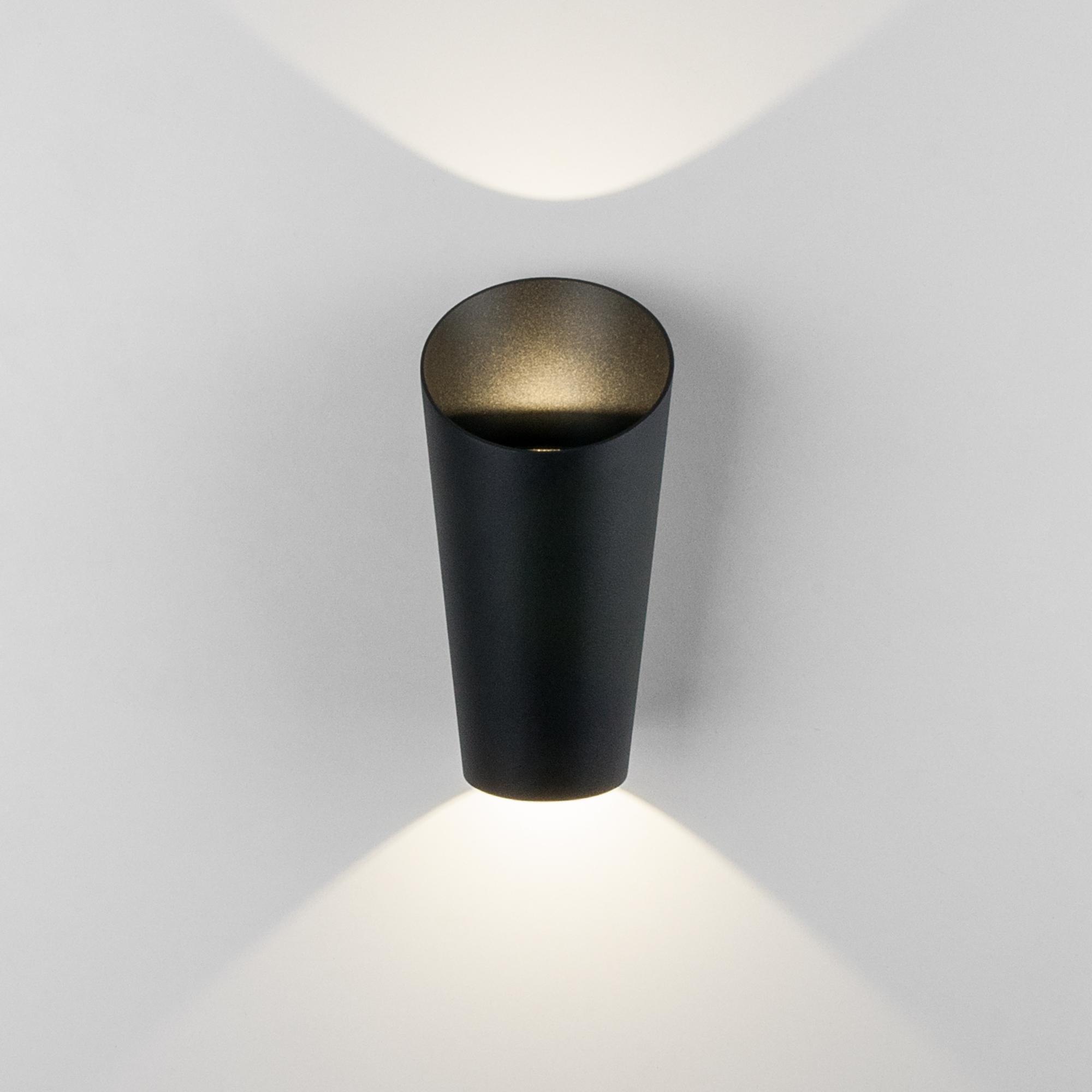 Уличный настенный светодиодный светильник Tronc IP54 1539 TECHNO LED черный