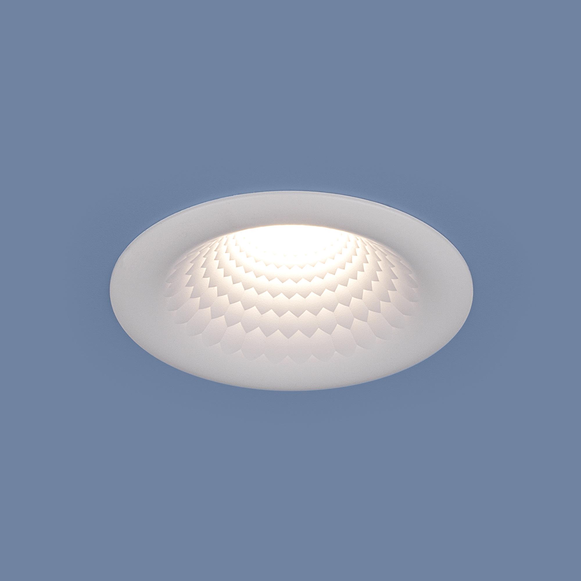 Встраиваемый точечный светодиодный светильник 9904 LED 5W WH белый
