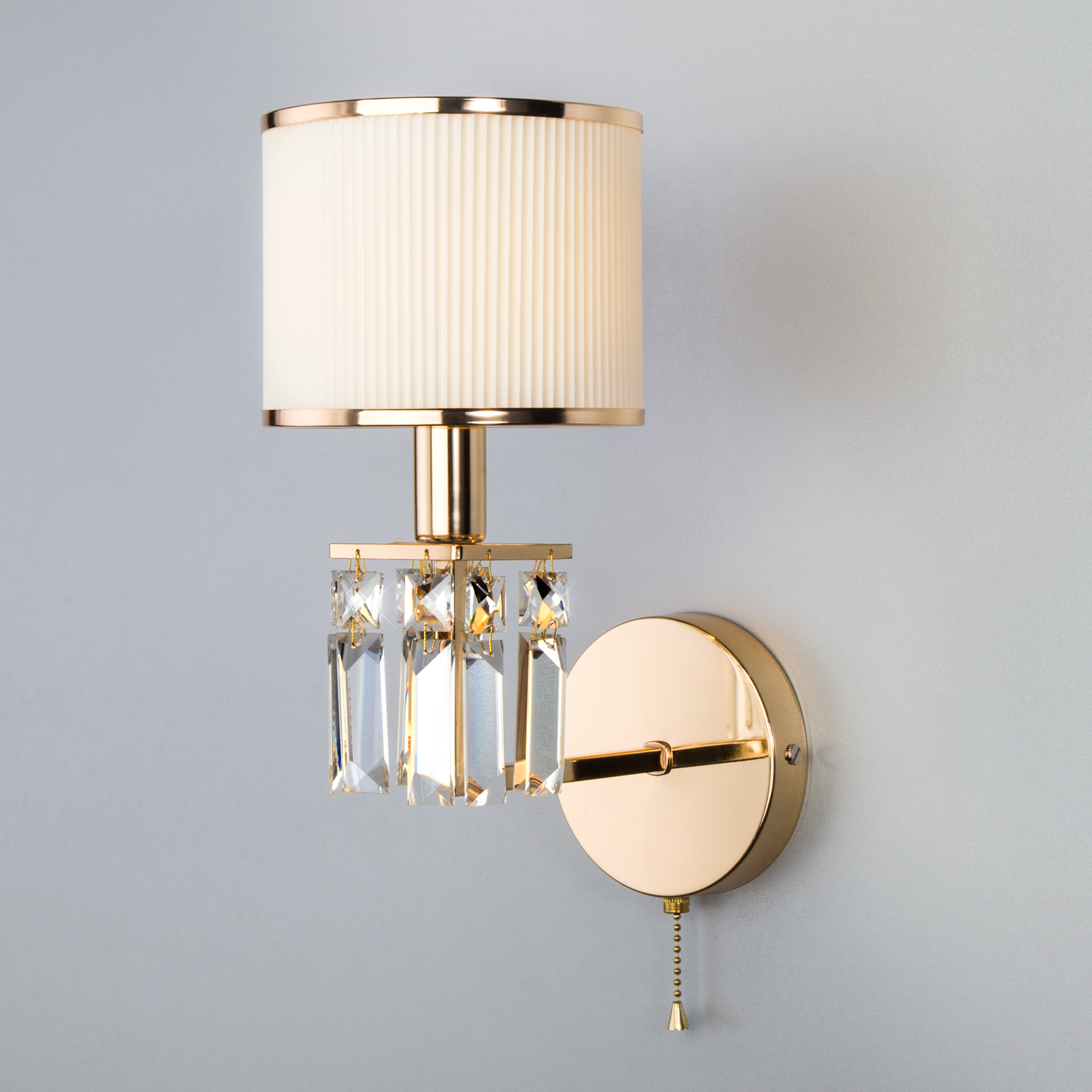 Настенный светильник с абажуром 10129/1 золото